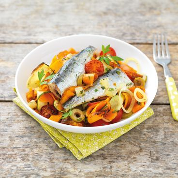 Vegetable tagliatelle with sardines with preserved lemon