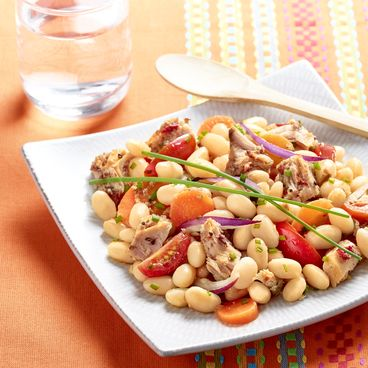 Coco bean salad with tuna, spices and aromatic flavourings